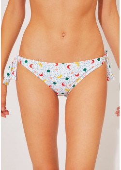 Braguita de bikini con nudos en la cadera.